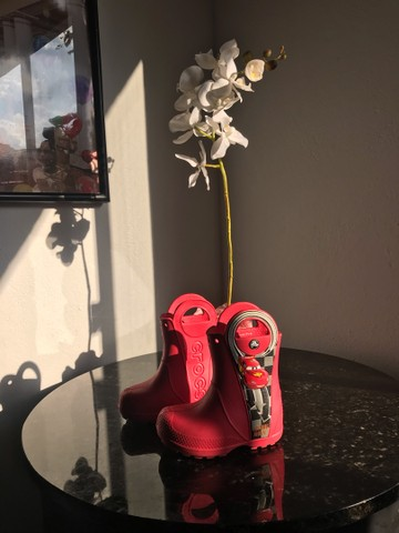 Galocha/bota crocs infantil c7 - Foto 2