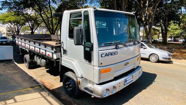Caminhão Cargo 712 2007 - Foto 2