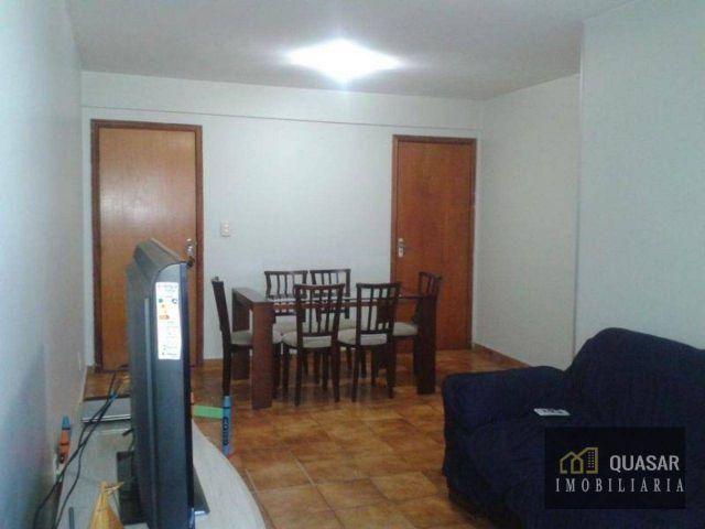 Ótimo apartamento na quadra 5/3 espaçoso com boa localização. 3 Quartos 1 suíte