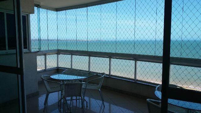 4 quartos frente mar