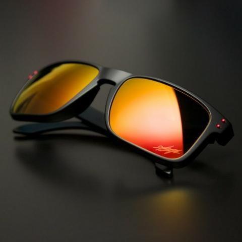 7a6ef5092 Óculos de Sol Oakley Holbrook Espelhado Vermelho Polarizado ...