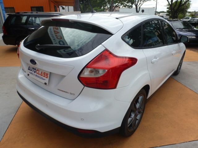 Ford Focus Hatch SE 2.0 16V PowerShift - Foto 2