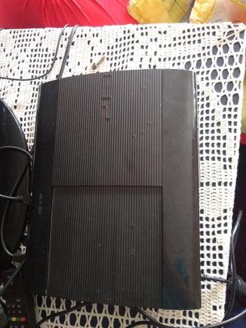 Playstation 3 em bom estado funcionando perfeitamente com um controle e jogos - Foto 2