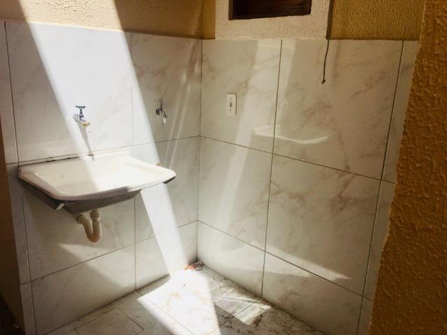 Documentação gratis; 2 quartos ,2 banheiros , 2 vagas de garagem fino acabamento - Foto 13