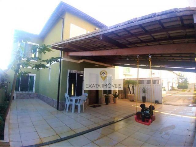 Casa duplex 03 quartos (não geminada) condomínio/amplo quintal, Marilea/Rio das Ostras.