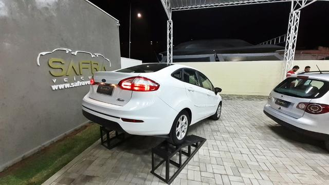 Fiesta Sedan - Garantia de 1 ano - Foto 2