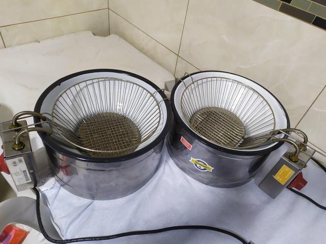 Vendo fritadeira elétrica 220 V