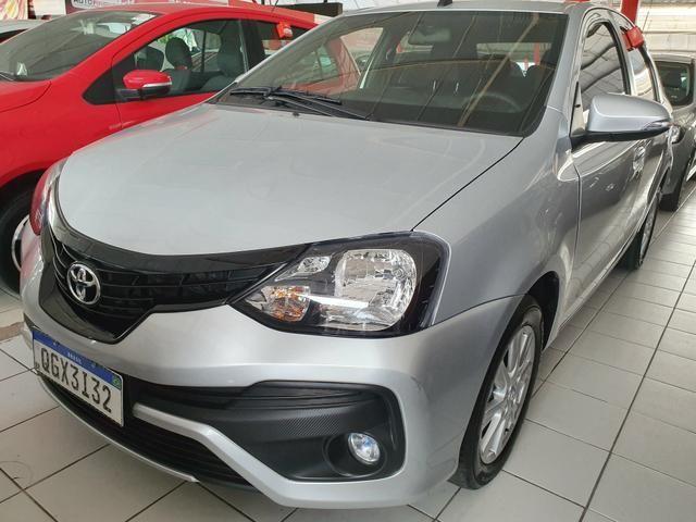Toyota etios sedam 1.5 top 2020 aceito troca - Foto 2