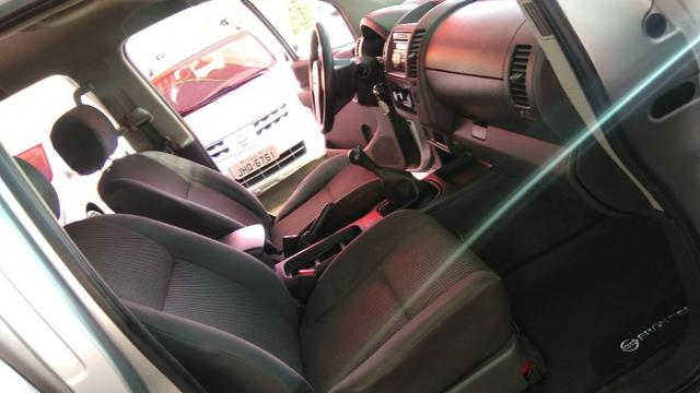 Nissan Frontier XE 4x2 2.5 16V (cab. dupla) - Foto 11