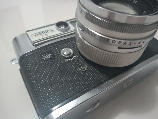 Câmera YASHICA Lyns 5000E - Foto 2