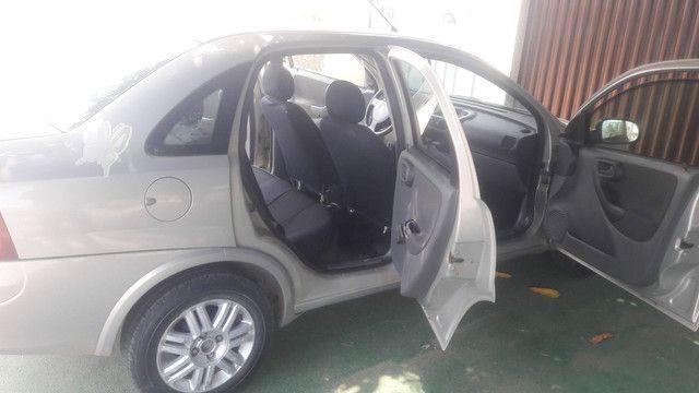 Corsa Sedan 04/04 - Foto 4