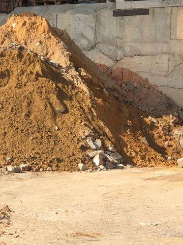 Barro selecionado com cascalho pra aterro - Foto 5