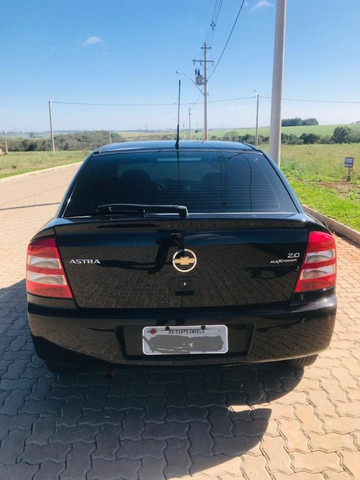 GM Astra - Foto 6