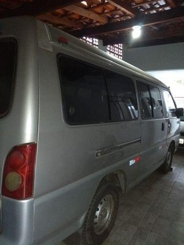 Vende-se Van Hyundai ano 2001 - Foto 5