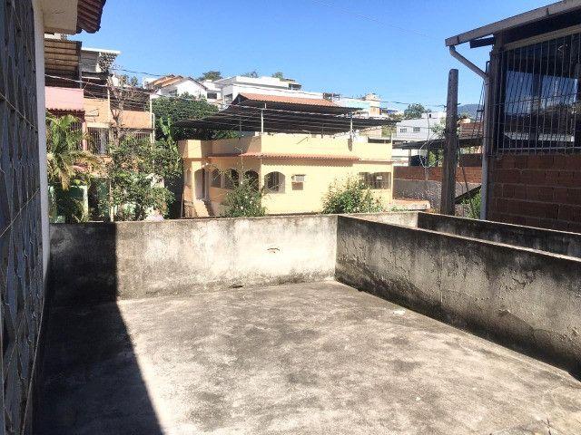 Vendo casa grande com varanda e Terraço - Foto 16