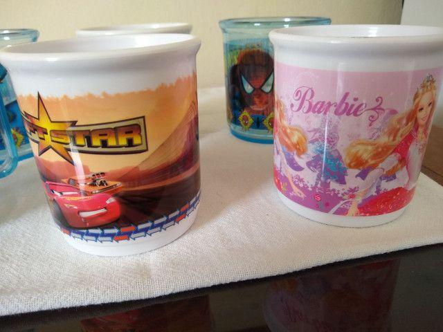 6 Canecas Infantis - Homem Aranha / Barbie / Carros - Estoque de Loja - Foto 3