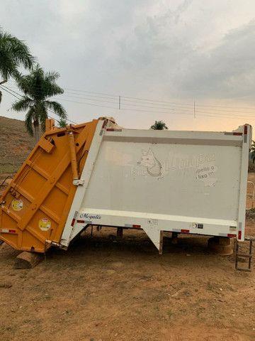 Compactador de lixo - Foto 2
