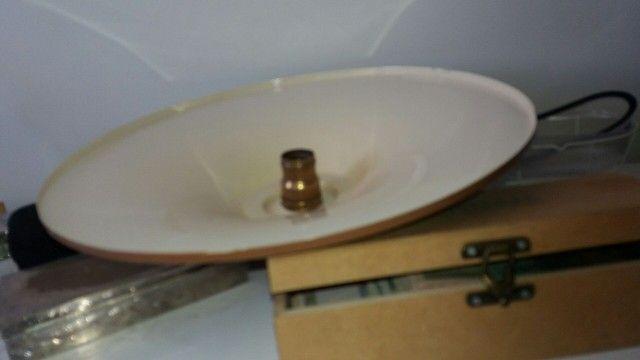 antiga luminaria esmaltada + bocal antigo em bronze  - Foto 5