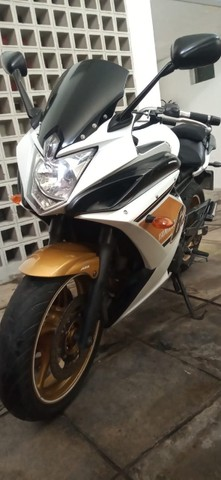 Moto XJ6F 600 Yamaha 2012 - Foto 16