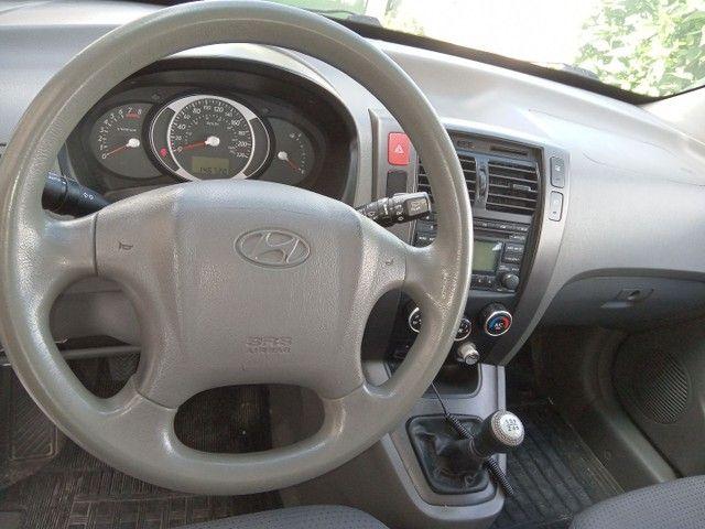 Hyundai Tucson GL 2010 manual - Foto 3