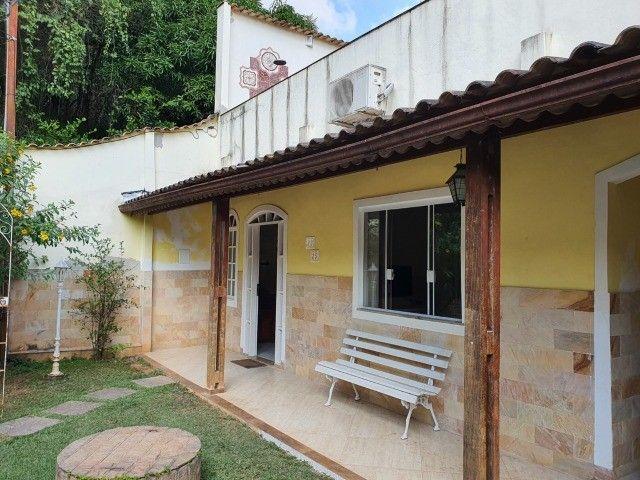 Excelente Casa no Bairro Sessenta (Próximo da Vila Santa Cecília e Amaral Peixoto)