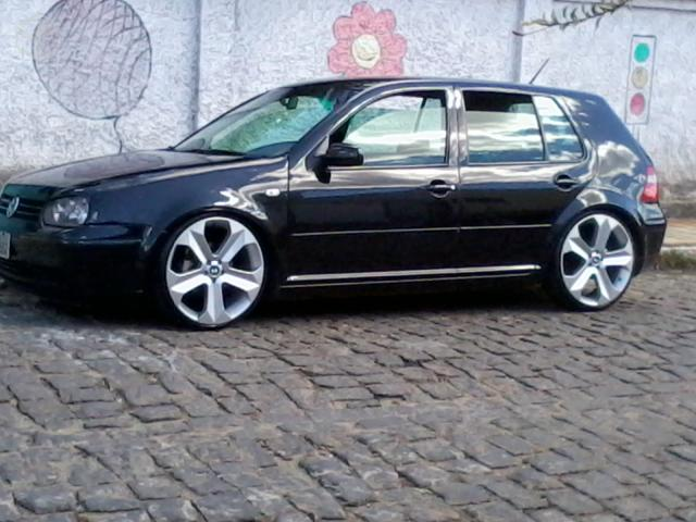 VOLKSWAGEN GOLF 2.0 PLUS