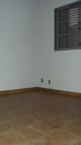 Casa de 5 quartos - 2 suítes - Bairro Feliz - Goiânia-GO - Foto 10