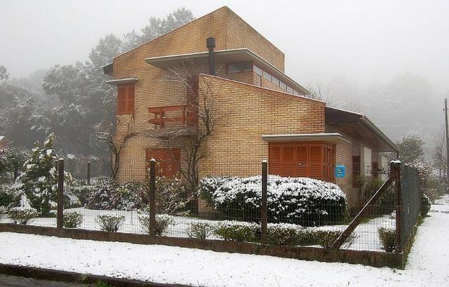 Casa 3 dormitórios Romântica em Canela