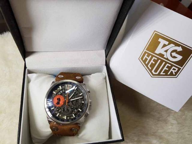 d406a547489 Relogio Modelo com pulseira Personalizada - ja é Vedado - Detalhes  incríveis!