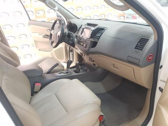 Toyota Hilux SW4 3.0 aut. 7 lugares - Foto 8