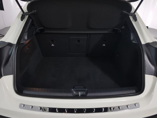 Mercedes GLA 200 Adv. 1.6/1.6 TB 16V Flex  Aut. - Branco - 2016 - Foto 17