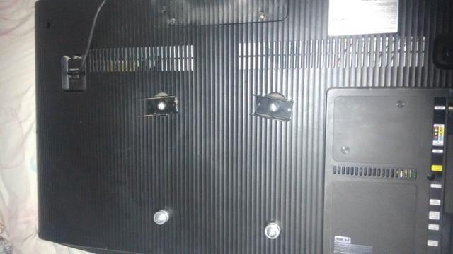 Vendo ou faço rolo, tv Samsung 40p 4k a tela quebrou - Foto 3