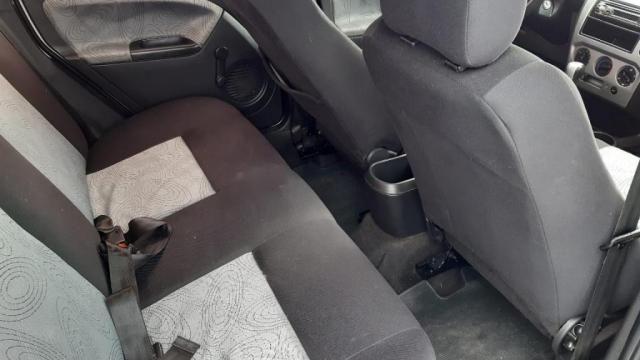 Fiesta Sedan 1.0 8V Flex 4p - Foto 8