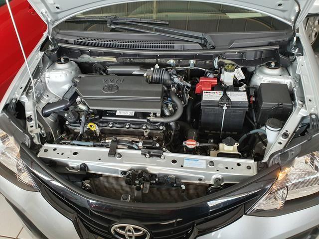 Toyota etios sedam 1.5 top 2020 aceito troca - Foto 8