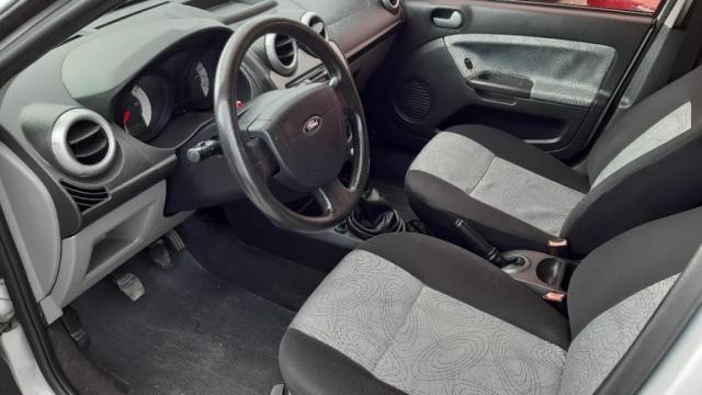 Fiesta Sedan 1.0 8V Flex 4p - Foto 7