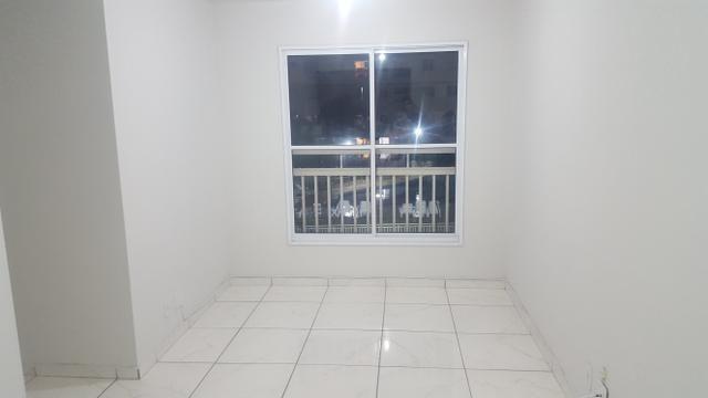 Apartamento 2 dorms c/ suíte. 1 vaga de garagem - Foto 2