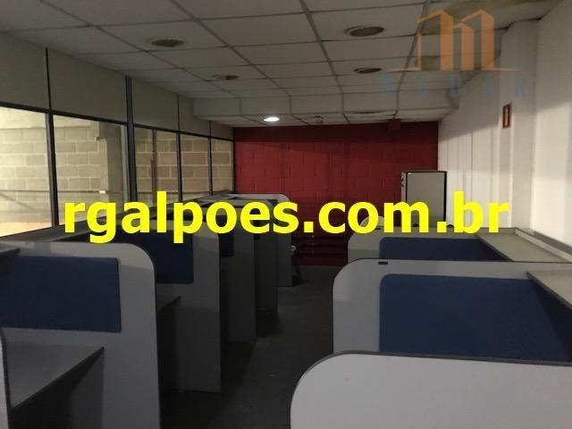 Galpão 650m², 5 salas, 6 banheiros, elevador industrial e recepção - Foto 16