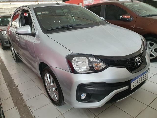 Toyota etios sedam 1.5 top 2020 aceito troca