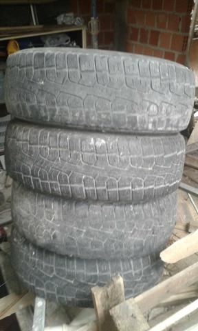 Roda com pneu 15 - Foto 2
