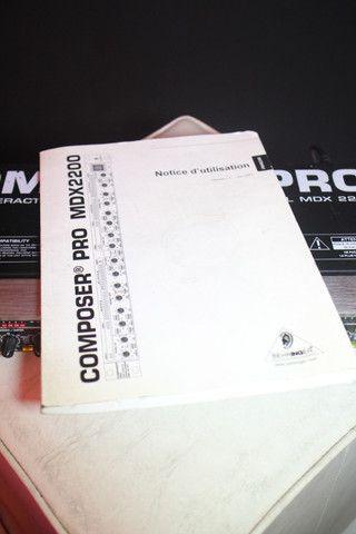 Compressor Behringer Pro MDX 2200 - Troco em Ar Split