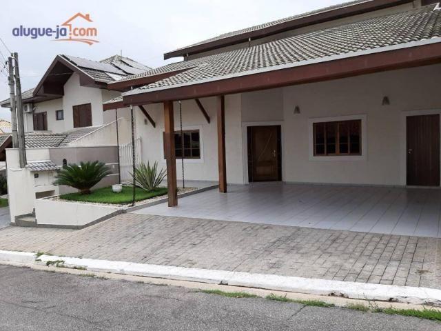Sobrado com 5 dormitórios à venda, 252 m² por R$ 780.000,00 - Urbanova - São José dos Camp