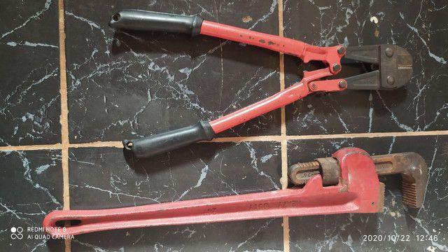 Vendo um cortador de cadeado e uma chave de tirar roda de trator  - Foto 2