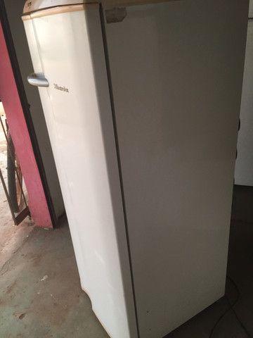 Vende-se essa geladeira - Foto 2