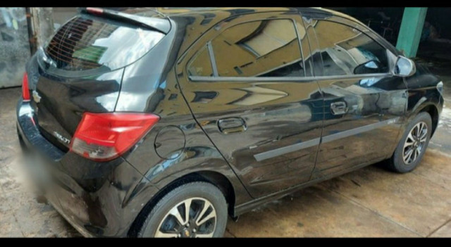 Chevrolet Onix Hatch Luz 1.4 8V Flexpower 5p Mec