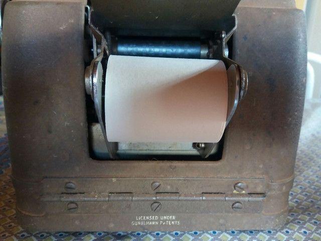 Máquina de somar antiga.  - Foto 5