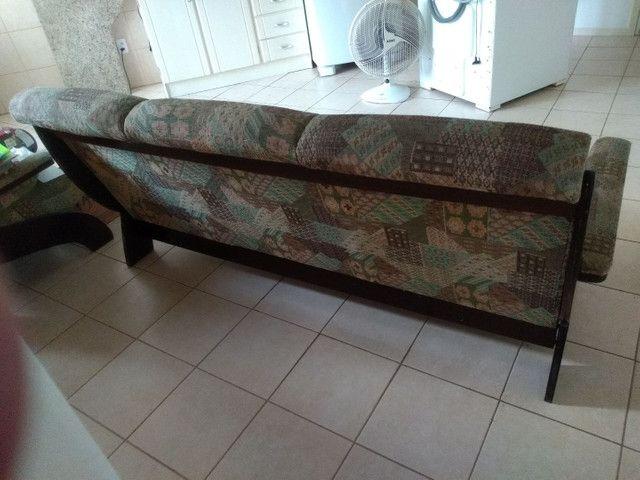 Vendo sofá retrô, três lugares. - Foto 4