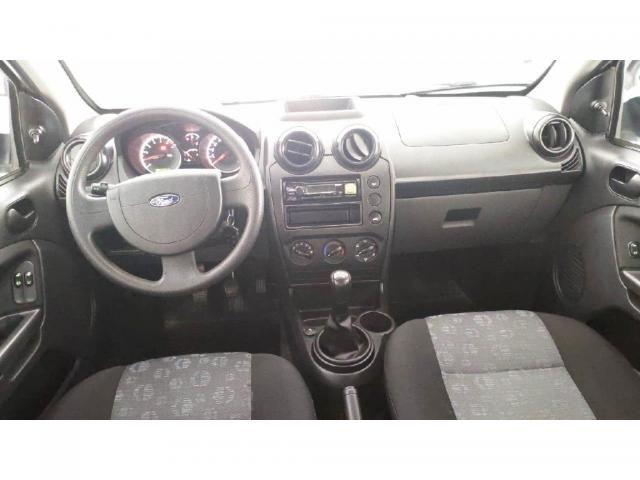 Ford Fiesta 1.0 ROCAM HATCH 8V FLEX 4P MANUAL - Foto 3