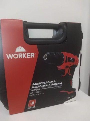 Parafusadeira PFW012 Worker 12v - 13 Acessórios- Nota Fiscal e Garantia - Foto 3