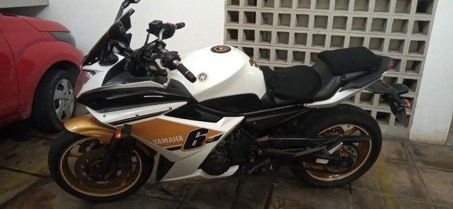 Moto XJ6F 600 Yamaha 2012 - Foto 19