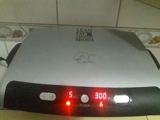 Vendo grill usada 2 vezes  - Foto 3